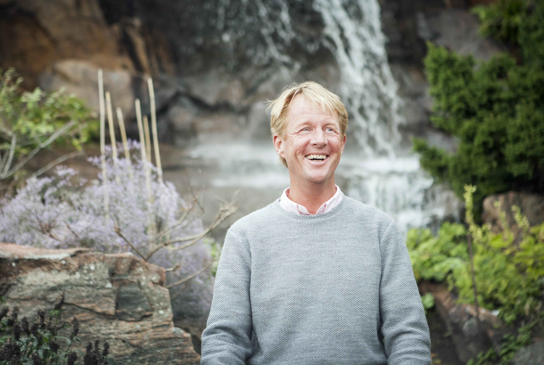 Björn Natthiko Lindeblad. Mottagare av 2019 års Hillesgårdspris för medmänsklighet. Foto: Cim Ek